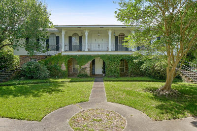 Gulfport Single Family Home For Sale: 15 Bayou View Dr