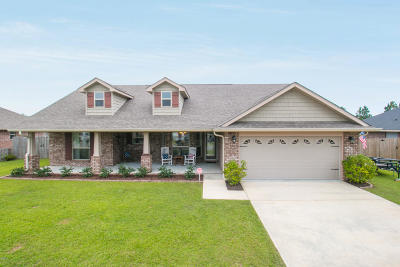Single Family Home For Sale: 18124 Canal Junction Dr