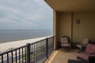 Gulfport Condo/Townhouse For Sale: 1200 Beach Dr #704
