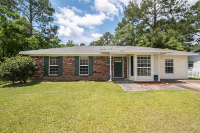 Gulfport Single Family Home For Sale: 2610 W Stevens Cir