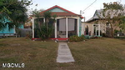 Bay St. Louis Single Family Home For Sale: 305 Union St