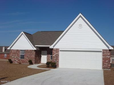 Ocean Springs Single Family Home For Sale: 2125 Irma Cir