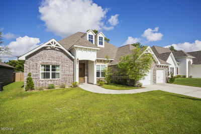 Biloxi Single Family Home For Sale: 713 Champagne Dr