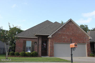 Ocean Springs Single Family Home For Sale: 3932 Acadian Village Dr