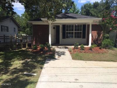 Gulfport Single Family Home For Sale: 13470 Dee Ave