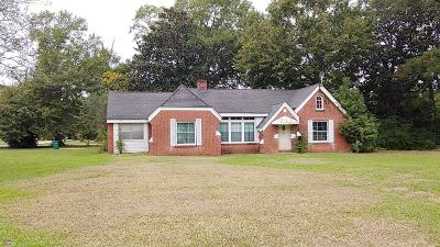 Moss Point MS Single Family Home For Sale: $65,000