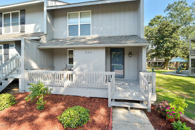 Diamondhead Condo/Townhouse For Sale: 290 Highpoint Dr