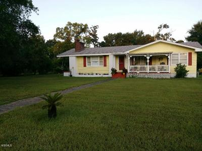 Gulfport MS Single Family Home For Sale: $219,900