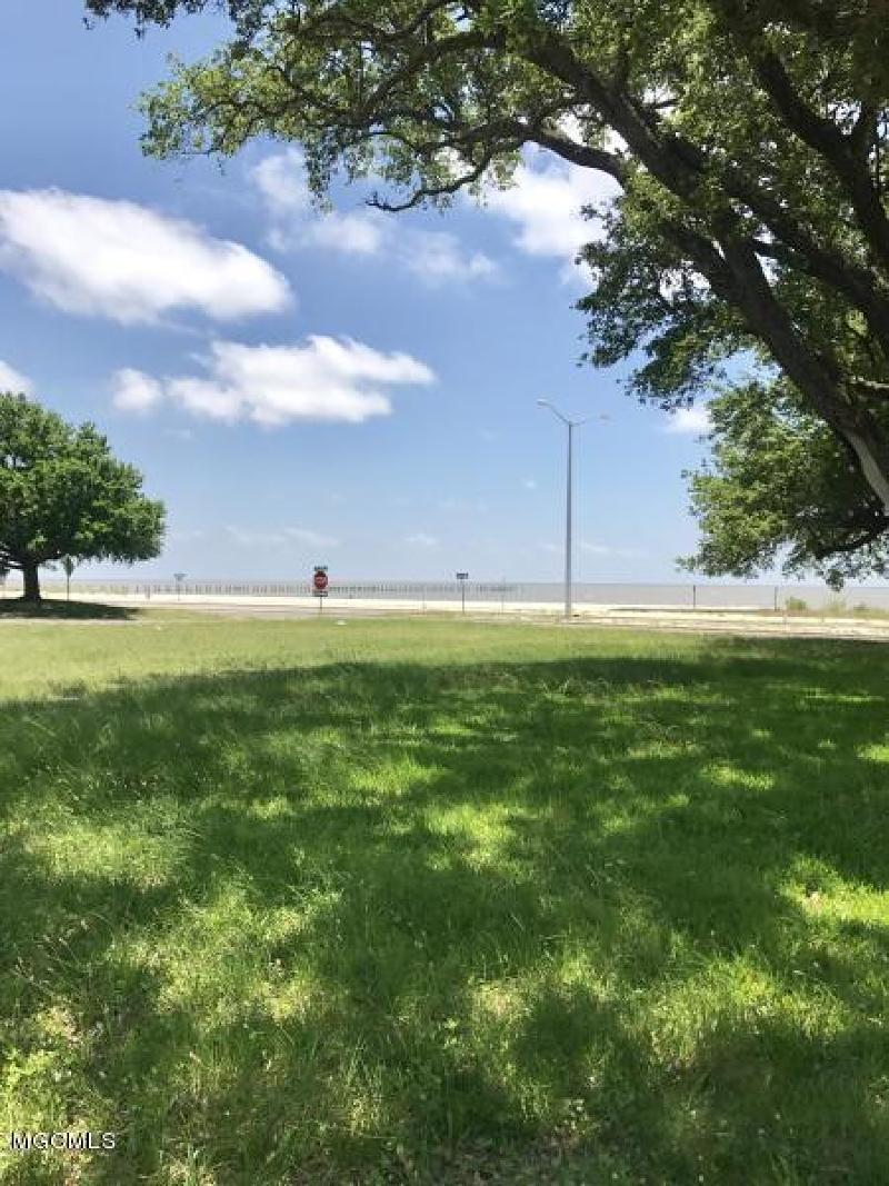 1564 Beach Blvd Biloxi Ms 39530 Listing 357601