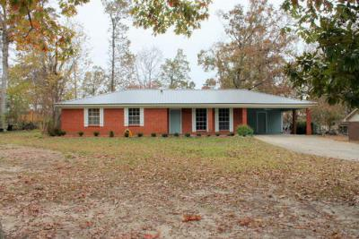 Single Family Home Sold: 135 McMinn Cir