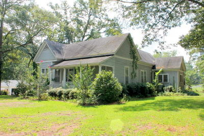 Single Family Home For Sale: 222 Pontotoc St
