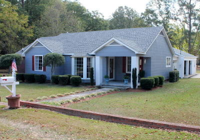 Single Family Home Sold: 302 Pontotoc St