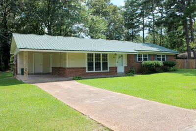 Single Family Home Sold: 124 Dogwood Dr
