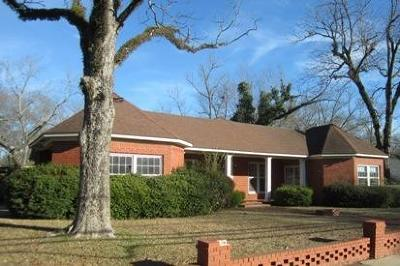 Louisville Single Family Home For Sale: 307 Columbus Ave