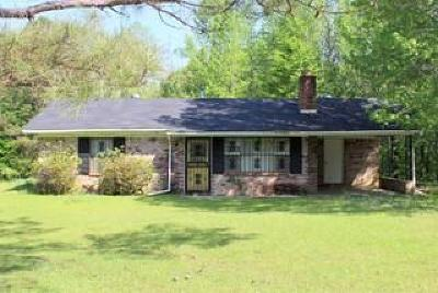 Single Family Home For Sale: 7644 Hinze Rd