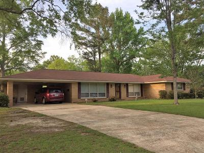 West Point MS Single Family Home For Sale: $150,000