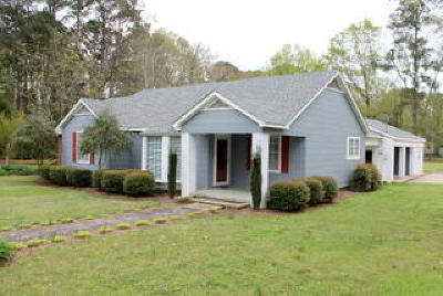 Winston County Single Family Home For Sale: 210 Pontotoc St