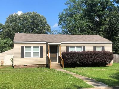 West Point MS Single Family Home For Sale: $60,000