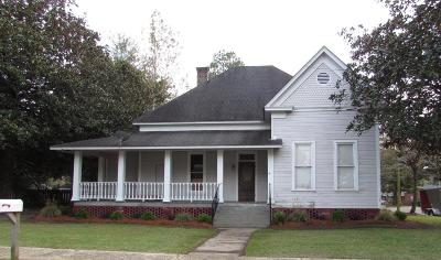 Columbia Single Family Home For Sale: 600 Church St.
