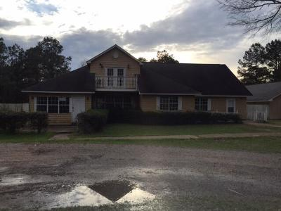 Collins Single Family Home For Sale: 38 Oaks Ln.