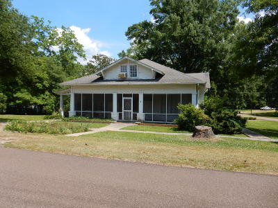 Covington County Single Family Home For Sale: 302 S 4th St.