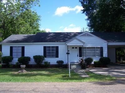 Petal Single Family Home For Sale: 130 W Cherry St.