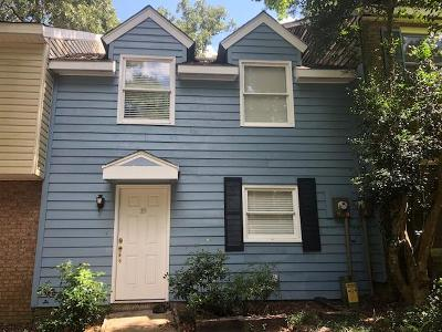 Hattiesburg Condo/Townhouse For Sale: 19 Hickory Knoll