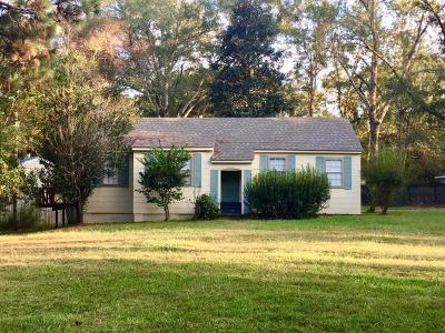 Hattiesburg Single Family Home For Sale: 130 & 132 Pinehills Dr.