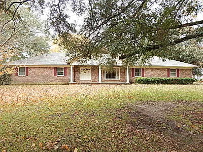 Columbia Single Family Home For Sale: 615 Clearview Dr.
