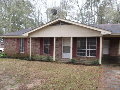 Covington County Single Family Home For Sale: 106 Yawn St.