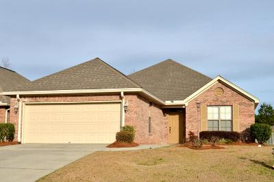 Single Family Home Sold: 2 Hamlett Dr.