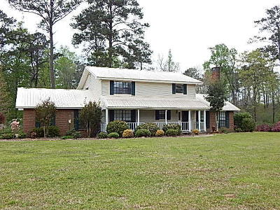 Columbia Single Family Home For Sale: 231 Hartfield Rd.