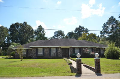 Single Family Home Sold: 126 Elizabeth Cir.