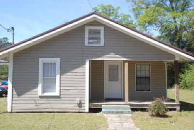 Petal Single Family Home For Sale: 218 S George St.