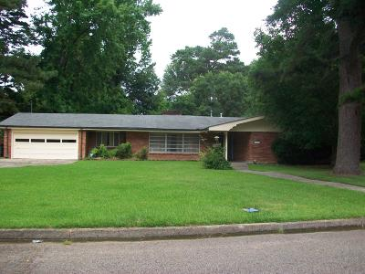 Columbia Single Family Home For Sale: 1217 Meadowood Dr.