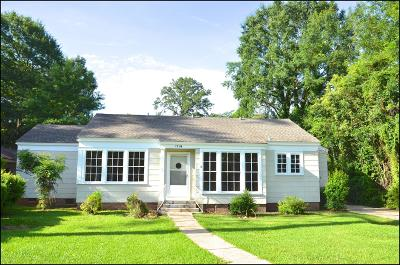 Single Family Home For Sale: 1718 Mamie St.