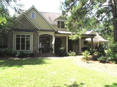 Columbia Single Family Home For Sale: 52 Sandalwood Dr.