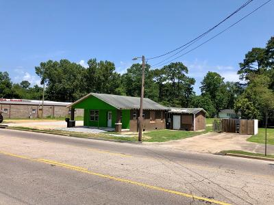 Petal Commercial For Sale: 138 W Central Ave.