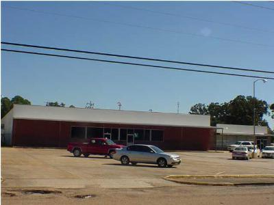 Magee Commercial For Sale: 501 Main Ave