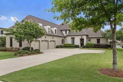 Madison Single Family Home For Sale: 131 Glenwood Bend