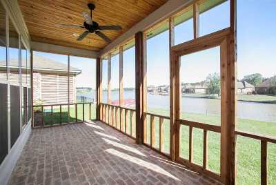 Madison Townhouse Contingent/Pending: 61 Peninsula Dr