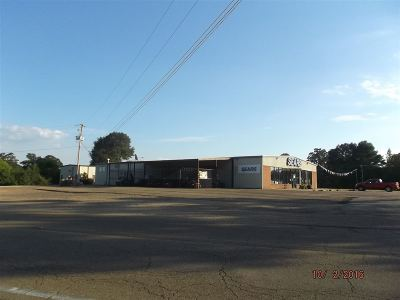 Magee Commercial For Sale: 410 SE Pinola Dr
