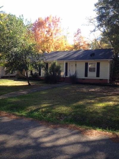 Carthage Single Family Home For Sale: 103 Pinehaven Dr