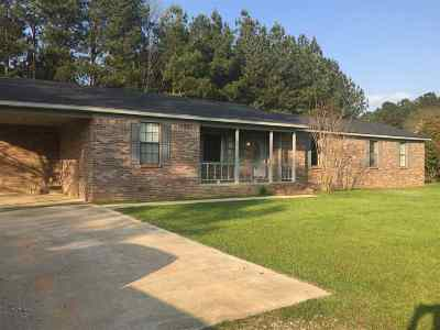 Walnut Grove MS Single Family Home Contingent: $88,000