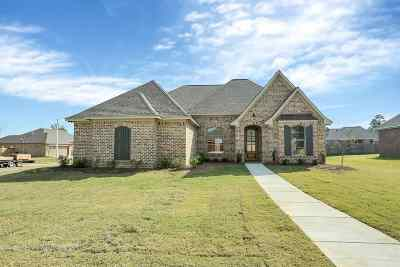 Brandon Single Family Home For Sale: 193 Greenfield Crossing