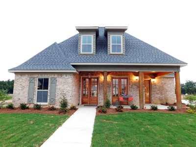 Flowood Single Family Home For Sale: 411 Duke Ct