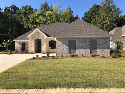 Flowood Single Family Home Contingent/Pending: 929 Willow Grande Cir