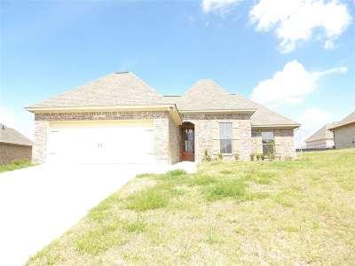 Brandon Single Family Home Contingent/Pending: 303 Winterfield Ct