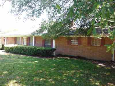 Carthage MS Single Family Home For Sale: $69,900