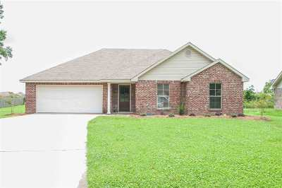 Canton Single Family Home Contingent/Pending: 113 Kelly Cv